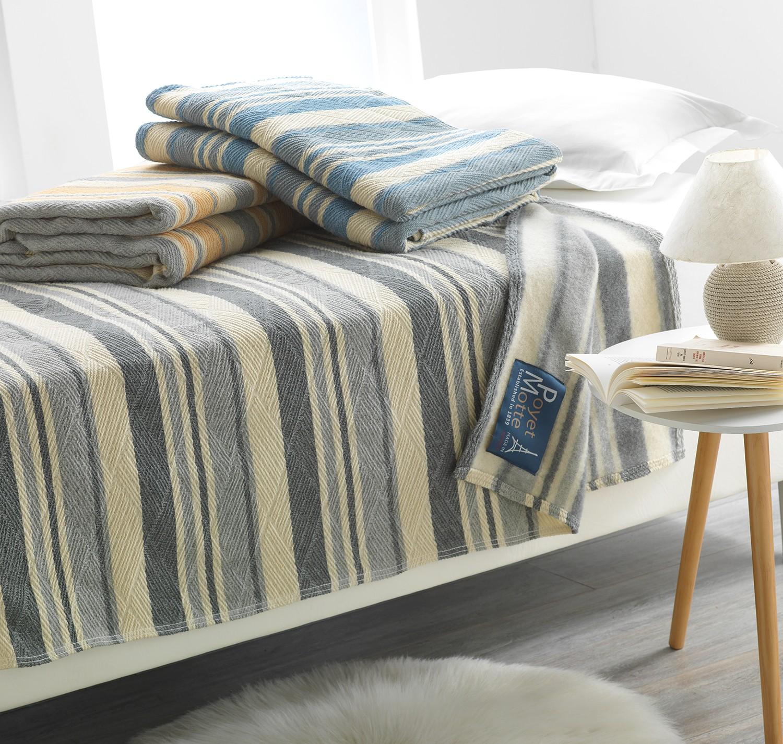 couverture en laine woolmark gwennan. Black Bedroom Furniture Sets. Home Design Ideas